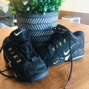 Infant/toddler Nike's 6c